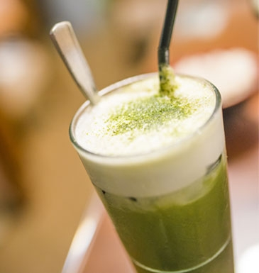 Matcha Tee with frothed milk